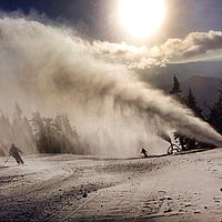 Snowmaking at Vermont's Stowe Mountain Resort